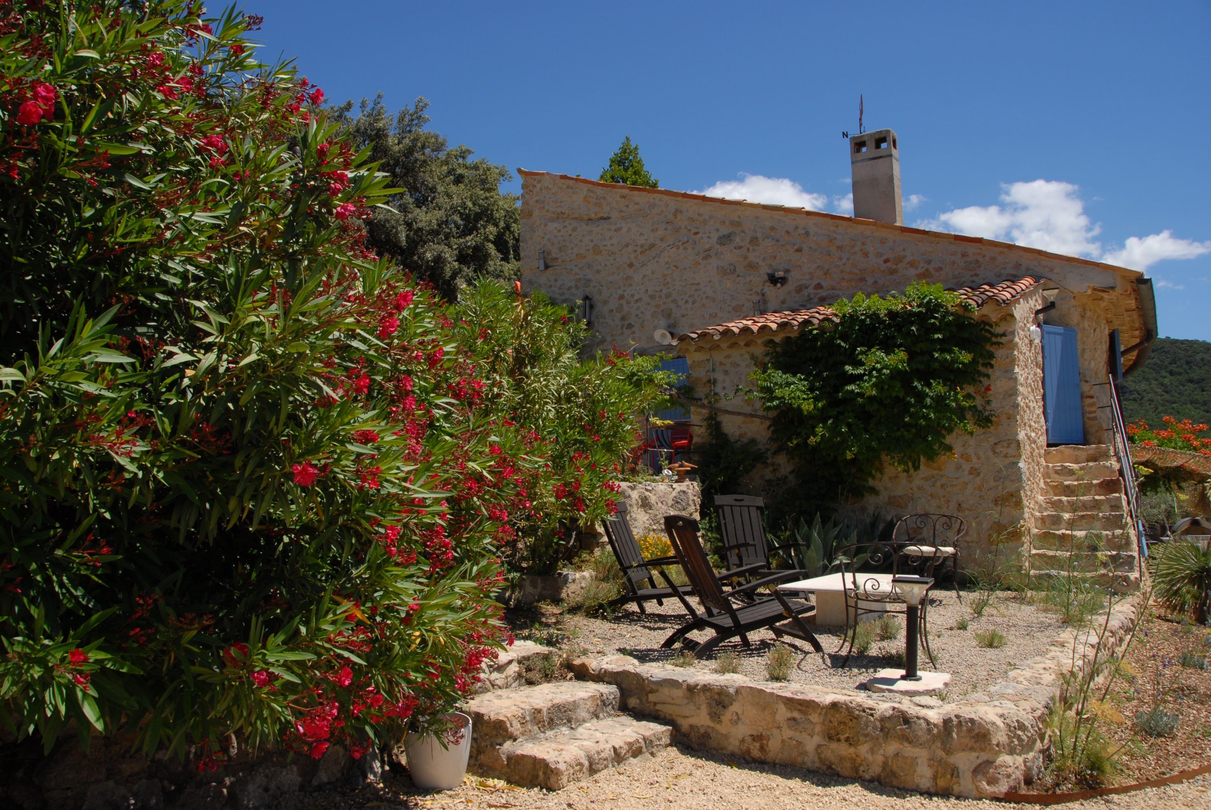 Petite Gipière terrace