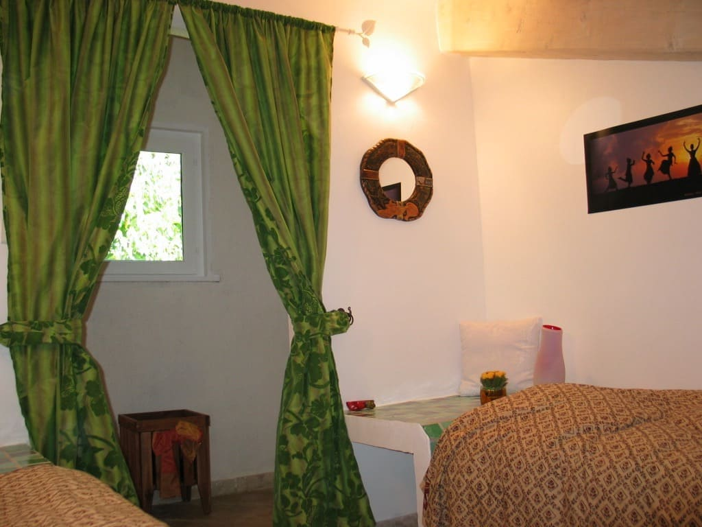 Verdon cottage with two single beds