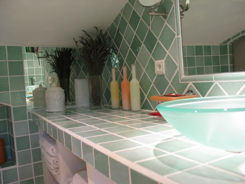 Verdon cottage's bathroom